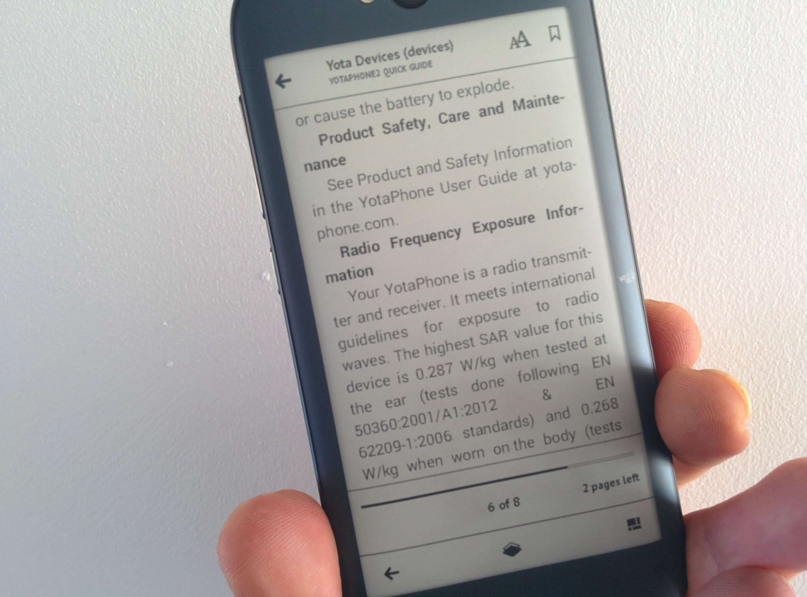 yotaphone-2-review-e-ink-weboo-co-4