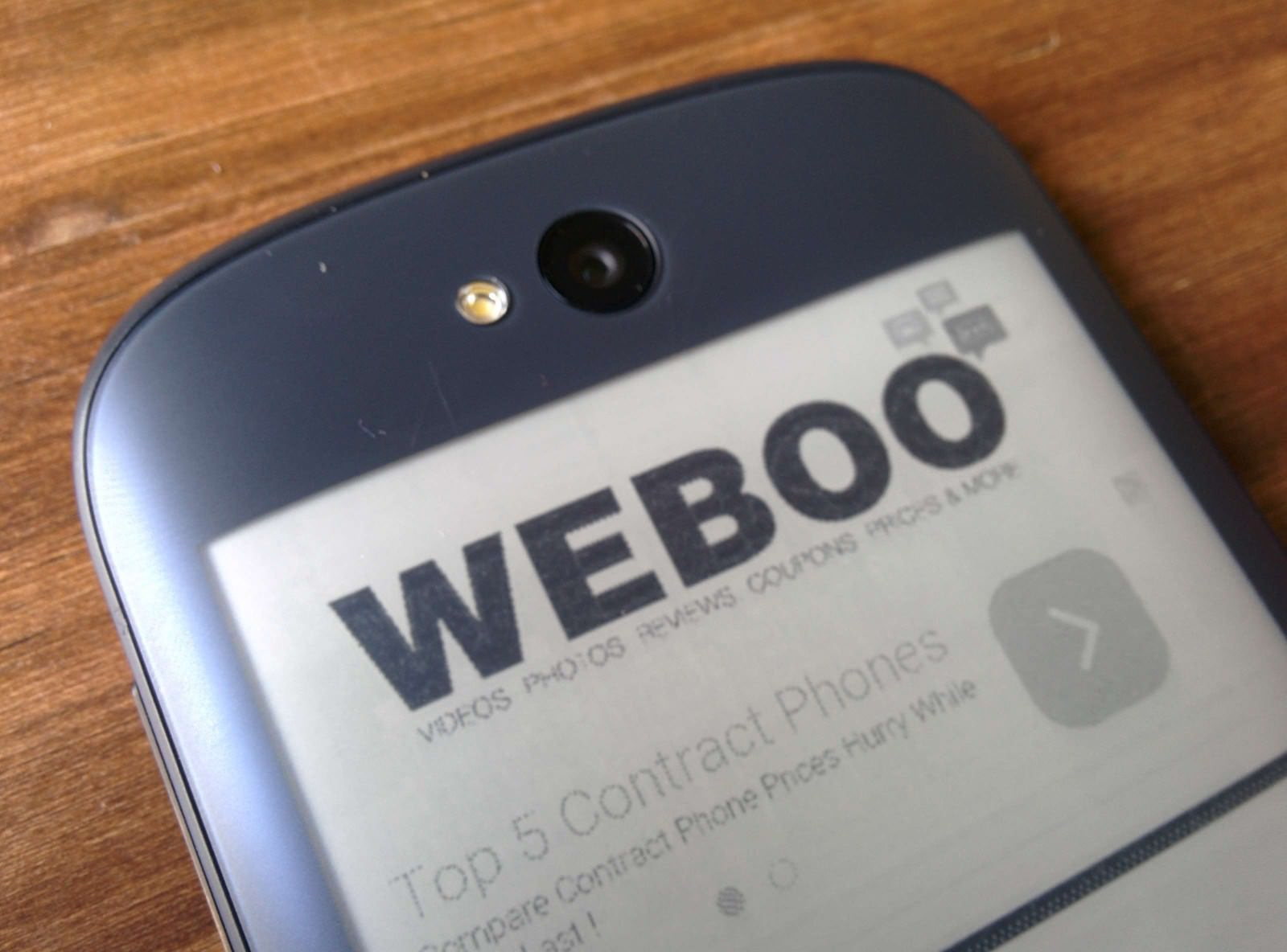 yotaphone-2-review-weboo-co3