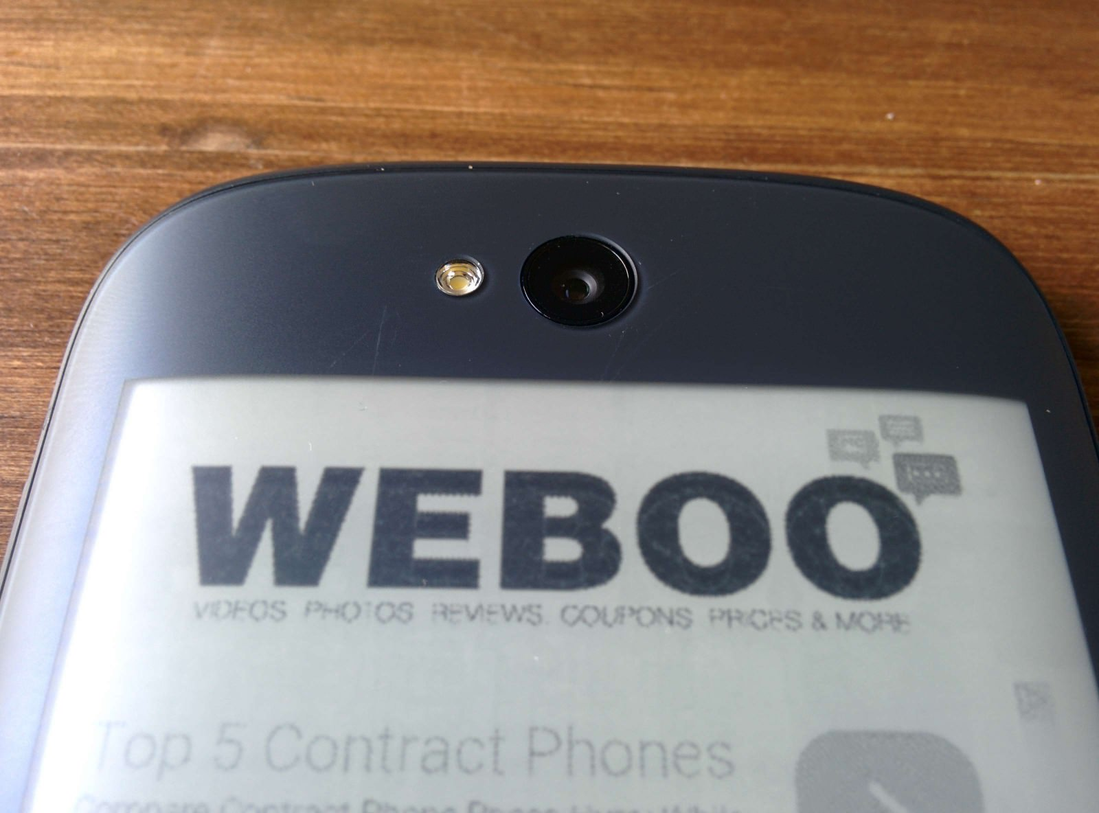 yotaphone-2-review-weboo-co6