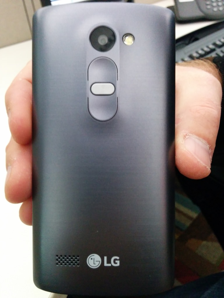 LG G4 with Stylus Pen-leaked-4